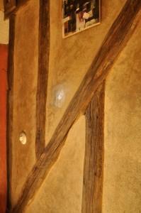 Colombage réalisé avec vieux bois de récupération