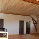 Lambris peuplier, parquet pin, portes intérieures restaurées